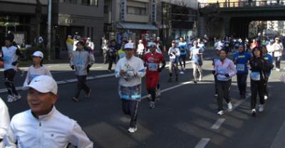 東京マラソン2008写真 ランナーさんへ無料送信します